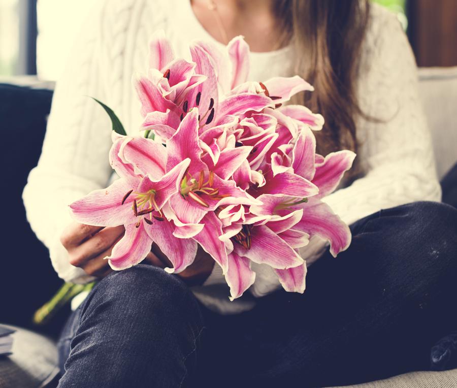 Acquista fiori online sul sito web Fiorista.it. Scopri di più!
